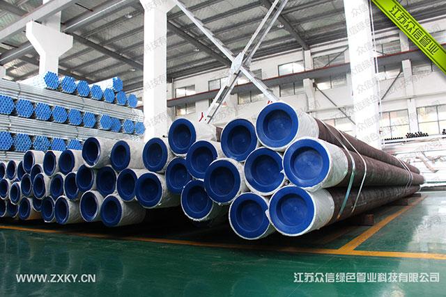 增强不锈钢管的三油两布外防腐